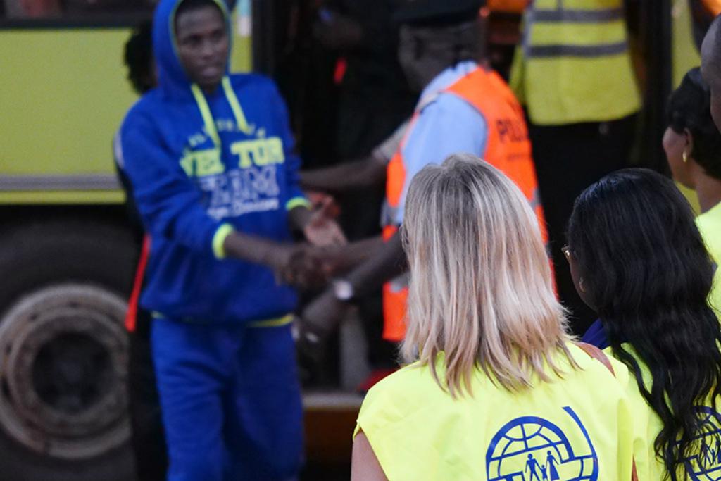 Libye 180 migrants nig rians retournent volontairement - Office des migrations internationales ...