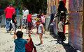 Mujeres y niños refugiados sufren abusos sexuales en centros de recepción de las islas griegas