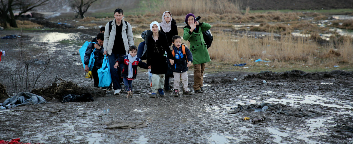 Migrants, including small children, on the move in Miratovac, Serbia