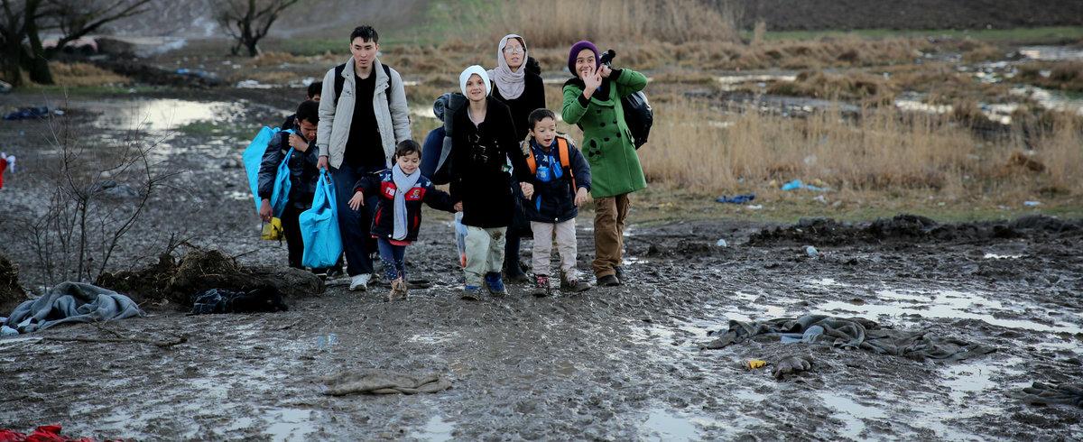 Мигранты вместе с маленькими детьми, Сербия